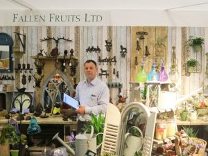 "Area Sales Manager at Fallen Fruits Shaun told us that ""PixSell makes my life a lot easier!"""