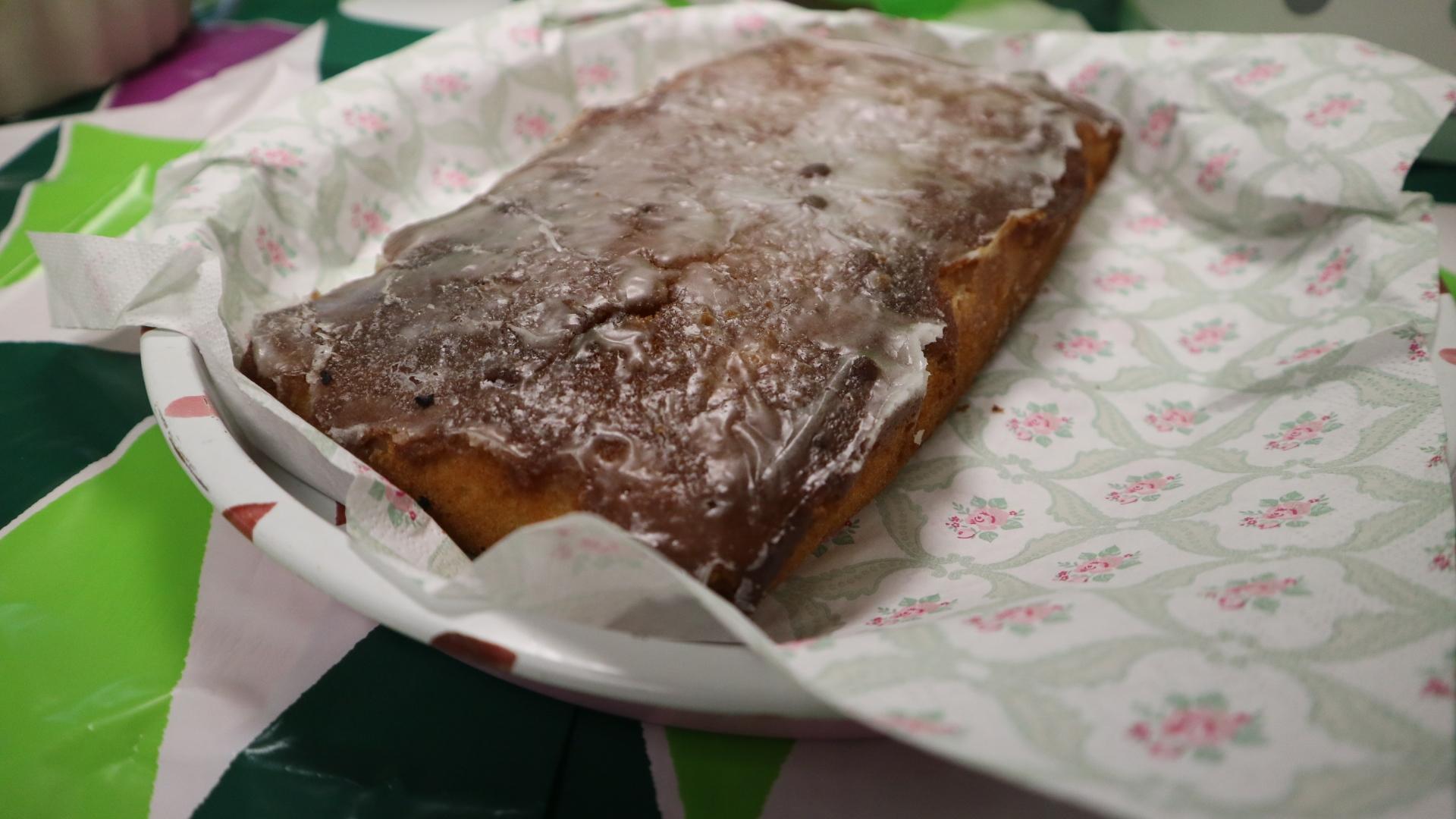 Macmillan Coffee Morning Lemon Drizzle Cake